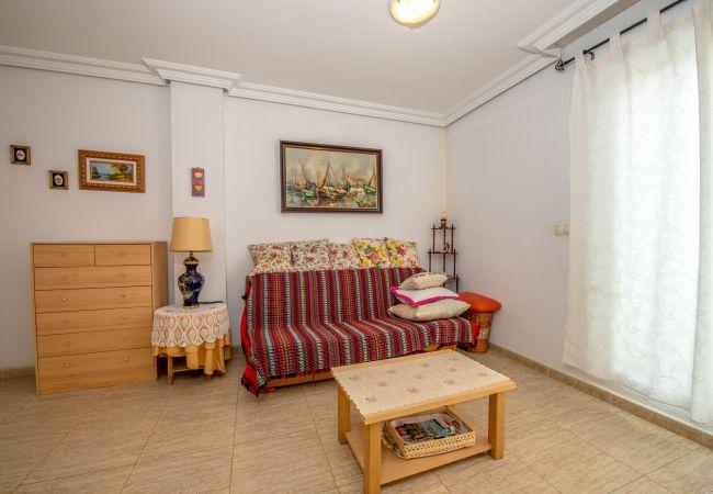 Апартаменты на Торревьеха / Torrevieja - Pascual LT